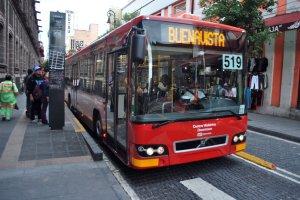 Metrobús_hacia_Buenavista